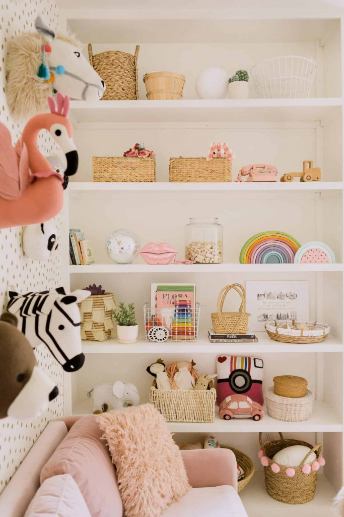 HOW TO MAKE A SMALL SPACE PLAY ROOM FOR APARTMENT LIVING